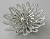 Sarah Coventry White Flower Brooch Pendant