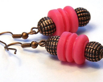 Squishy Upcycled Car Radio Rubber Spring Earrings, Eco Friendly Jewelry, Industrial Earrings, Hot Pink Earrings, Antique Copper Metal Beads