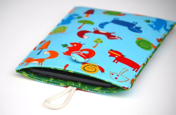 SALE Nook Case, Kindle Sleeve, Woodland eReader Fabric Sleeve with  Foxes, Squirrels, Blue and Green