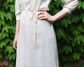 70s Cream Rose Speckled Dress