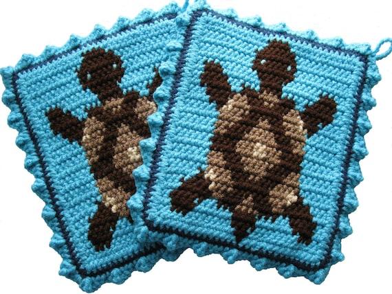 Turtle Pot Holders.  Turquoise crochet potholders with brown turtles. Desert turtle.  Box turtle decor. Turtle trivet.