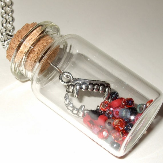 Halloween Jewelry, Vampire Necklace, Bottle Pendant, Red and Black, Quirky Necklace, Vampire Bite Charm, Fangs Necklace, Fangs in a Bottle