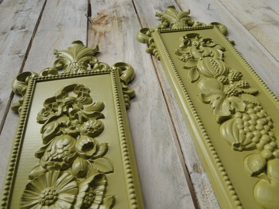 """Wall Plaque, Wall Decor, Home Decor green painted """"Fruit n' Flowers"""""""
