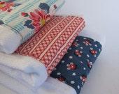 Retro Floral Burp Cloths