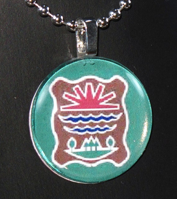 Abenaki Flag Glass Photo Art Necklace