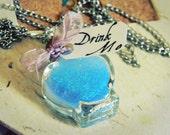 necklace potion drink me alice in wonderland