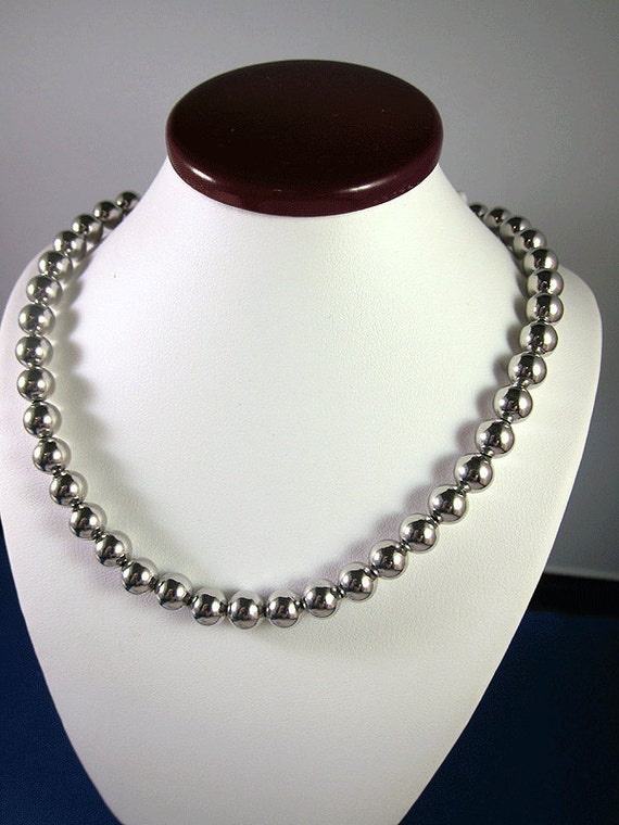 Beautiful Vintage Estate Sterling Silver Ball Necklace 16.5 inches