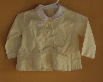 Baby Girl pale yellow top w Peter Pan collar