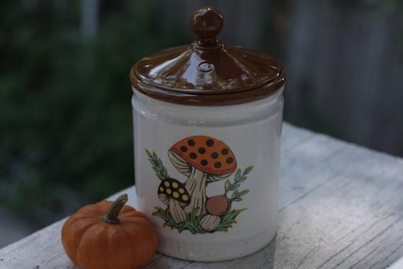 1982 Sears MUSHROOM small canister/cookie jar