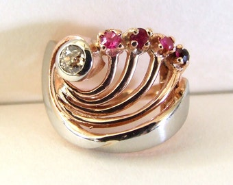Art Deco Rose & White Gold Ring . Rubies, palest yellow diamond . Valued 1891 USD w/ appraisal