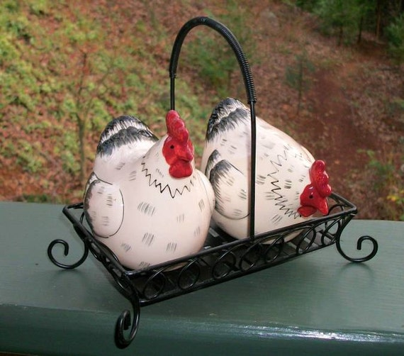 Vintage Rooster Chicken Salt and Pepper Shakers With Metal Basket