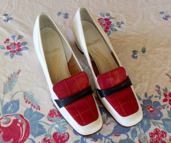 Vintage Red White and Navy Blue Ramblers Florsheim Womens Shoes Size 8
