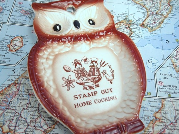 Vintage Funny Owl Spoon Rest or Wall Plaque, Kitschy Kitchen Decor, Stamp Out Home Cooking