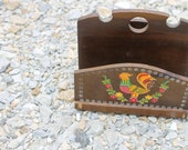Rooster napkin holder desk organizer flowers 70s seventies eighties 80s wood Norleans 1B