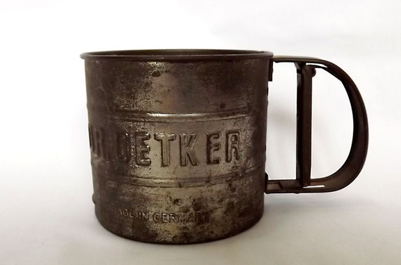 Dr Oetker flour sifter from Germany