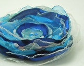 Fabric flower pin - Blue love