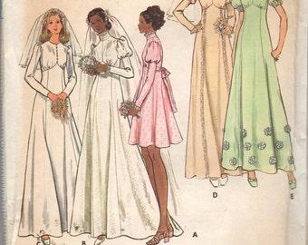 Circa 1970 Butterick 6958 Bridal Wedding Gown Long Dress size 16