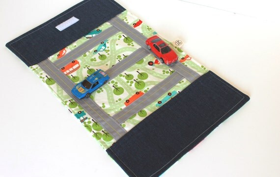 Kids Toy. Boys Car Toy. Take Along Billy Car Rollup and Play Mat in Green. White. Orange. Travel Game. Children Activity.
