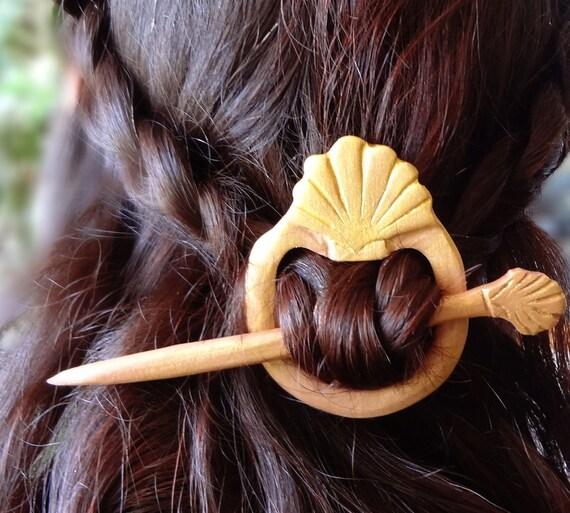 hair barette gold shell aprodite godess