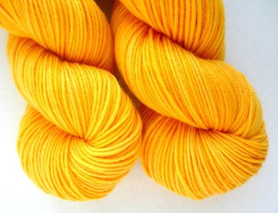 Superwash Merino Wool Yarn in Spun Gold Colorway