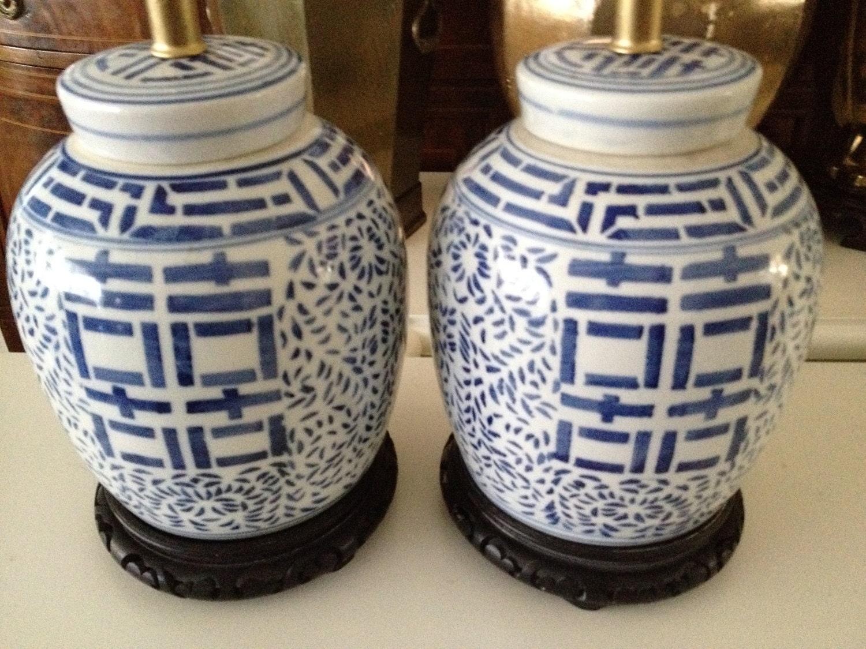 private listing susan lamps ginger jar blue and white. Black Bedroom Furniture Sets. Home Design Ideas