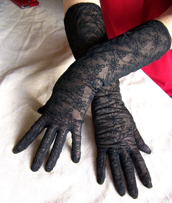 Black sheer gloves vintage dress opera full length 1960s lace daisies daisy embroidered goth mehndi