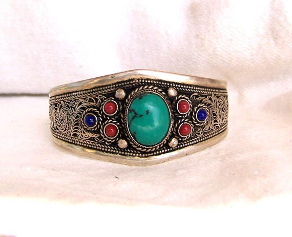 Turquoise coral lapis bracelet unmarked silvery metal Moroccan Mexican