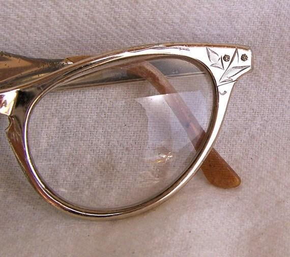 Cat eye eyeglasses vintage art craft aluminum decorative for Art craft eyeglasses vintage
