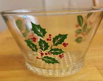 Christmas Serving Bowl Vintage Holly And Berries