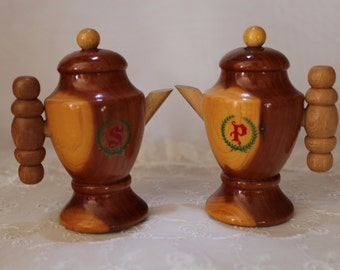 Salt And Pepper Shakers Wood Vintage