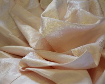 Vintage Pink Damask Table Cloth