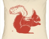 Red Squirrel on Natural Pillow 16x16