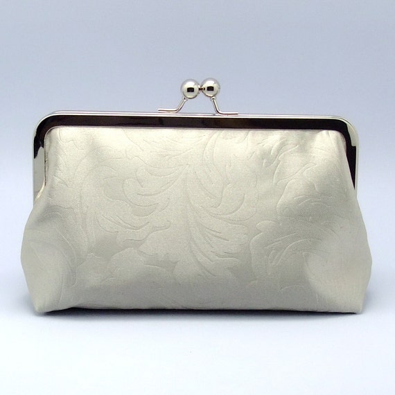 Leaf pattern on silver grey - Large Clutch Purse (L-138)