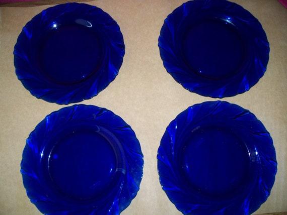 duralex cobalt blue dinner plates bormioli rocco made in. Black Bedroom Furniture Sets. Home Design Ideas