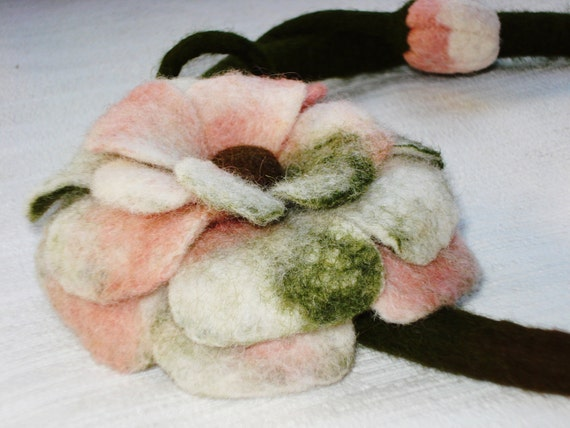 Wool Felt Necklace Collar Choker Lariat Eco-friendly OOAK Winter Spring Summer Autumn Fall Fashion Trend Jewelry, Gift idea, Wearable art