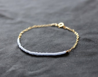 light periwinkle - lucky gold delica bracelet