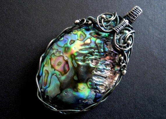 Aurora borealis PENDANT made of paua shell and silver - northern lights rainbow
