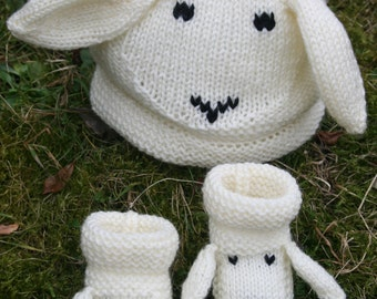 BABY KNITTING PATTERN in pdf - Snugly Sheep Hat and Booties - For Babies