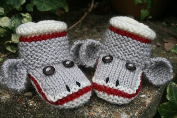 BABY KNITTING PATTERN in pdf - Sock Monkey Baby Booties