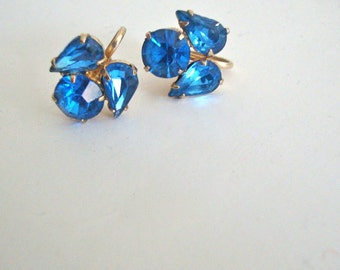 Coro Blue Rhinestone Earrings Retro Fashion Screw Back Wedding Party Jewelry