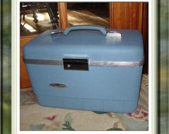 Vintage Forecast Train Case Luggage Baby Blue