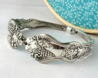 Spoon Bracelet, Moselle 1906, Size Large, Grape Pattern