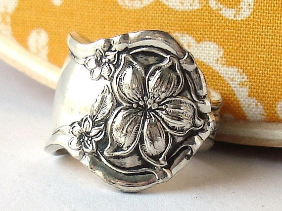 MOTHERS DAY SALE Antique Spoon Ring, size 12, Orange Blossom 1910