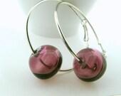 purple lampwork hallow earrings,purple lampwork glass hoop earrings