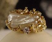 Vintage 14 kt Gold Fresh Water Keshi Pearl and Diamond Ring