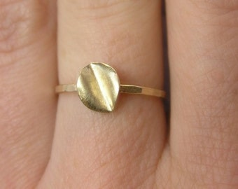 14k Gold Ring - Leaf Ring - Delicate Solid Gold  Ring