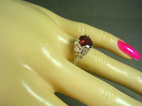 Garnet Filigree Ring 2 carats Sterling Silver size 6.5 January Birthstone 2.1 grams