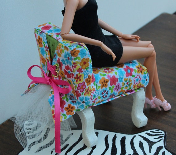 Barbie Chair Upolstered 1:6 Scale Furniture for OOAK Dollhouses