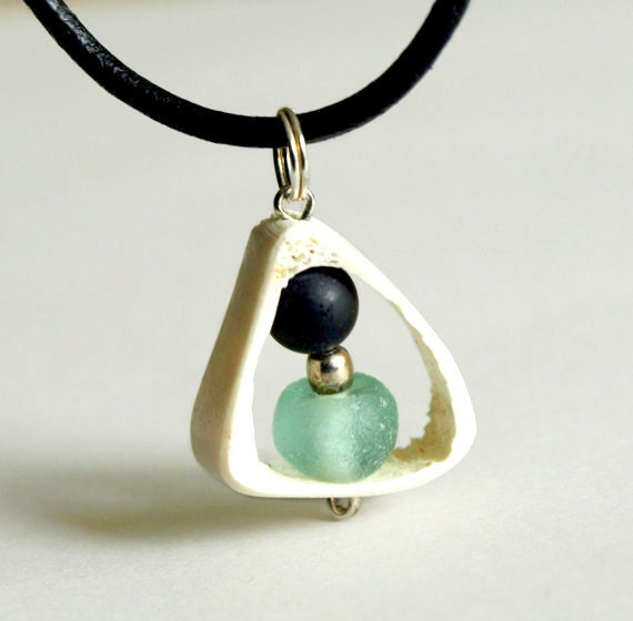 Tribal africa pendant-Bone,matte black onyx, glass leather and silver - Kenya Pendant