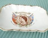 Vintage Souvenir -1959 Queen Elizabeth  Dish / Plate - Canada Commem. St. Lawrence Seaway